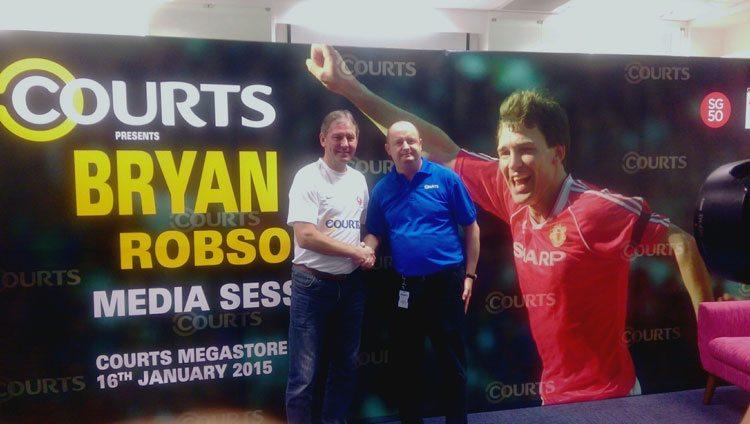 Bryan-Robson-and-Tim-Nolan