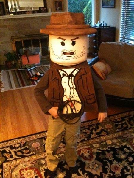 POTW-Cosplay-Lego-Indiana-Jones