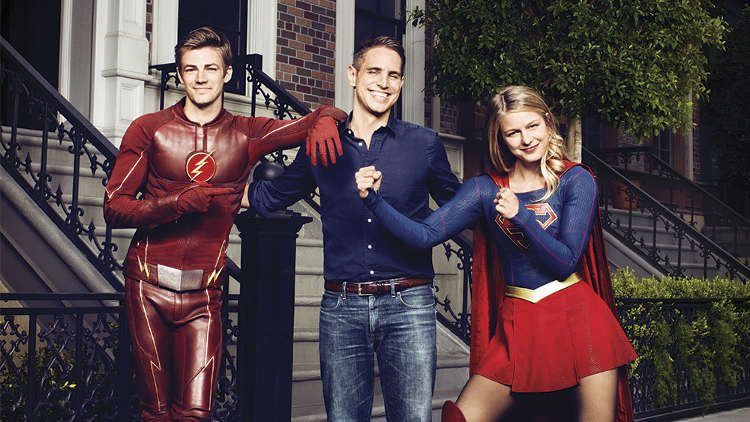 Greg Berlanti Flash Supergirl