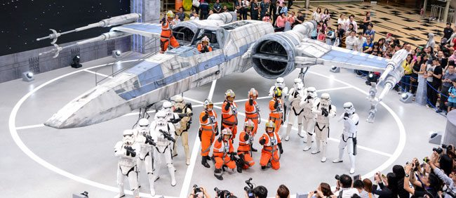 Star-Wars-characters-with-X-wing-Fighter-at-Changi-Airport-Terminal-3-Departure-Hall