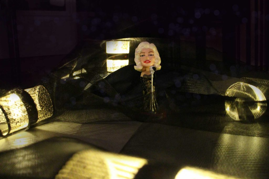 Marilyn X Diah