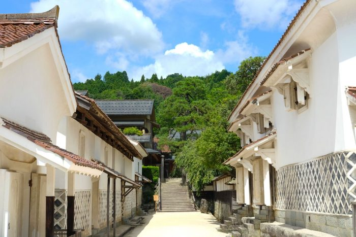 Ancestral homes at Tanabe, a destination on the San'in Quest